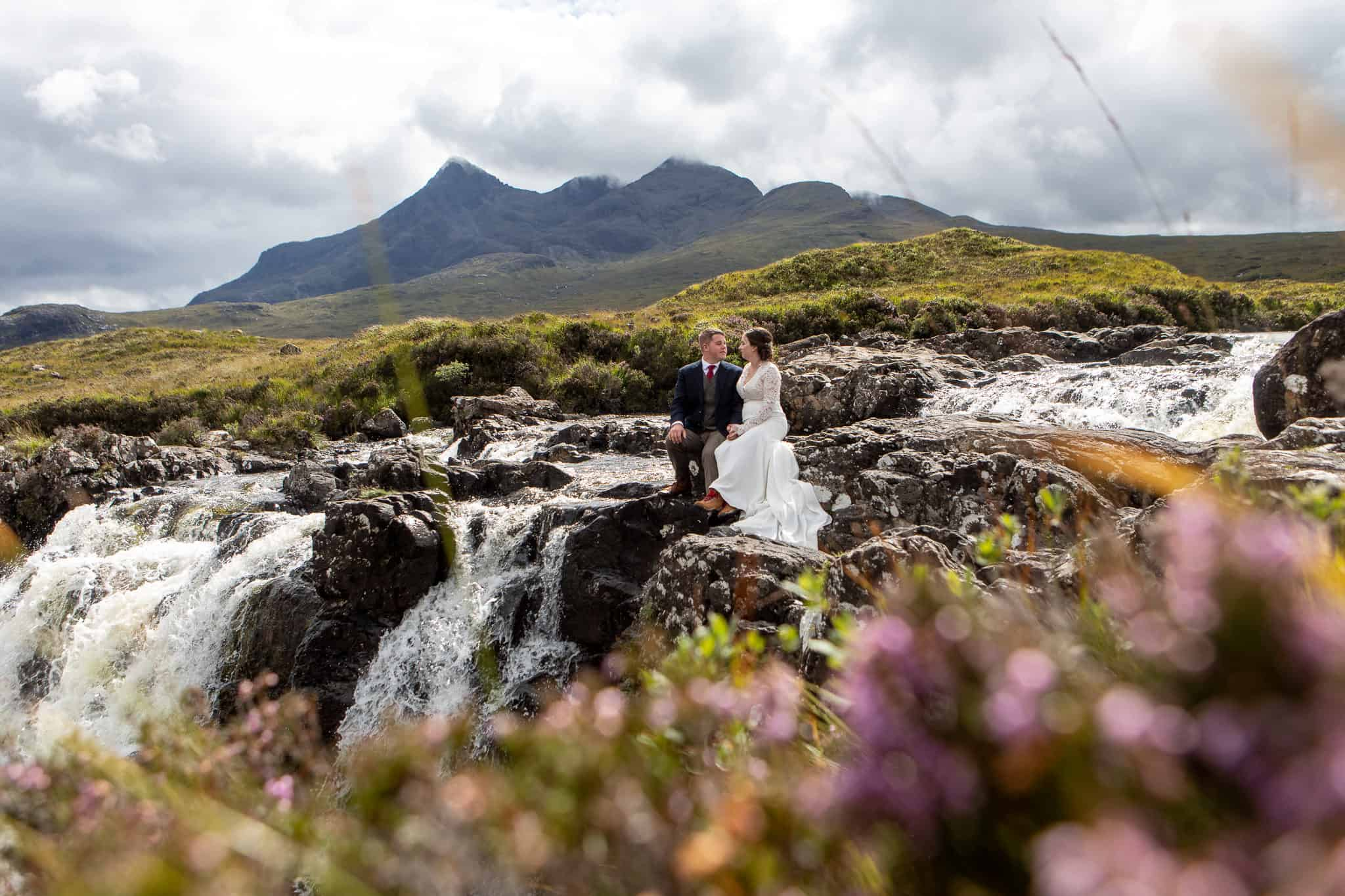 Elopement photography Isle of Skye Cuillin mountains and heather