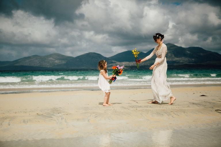Isle of Harris elopement mother and daughter on beach